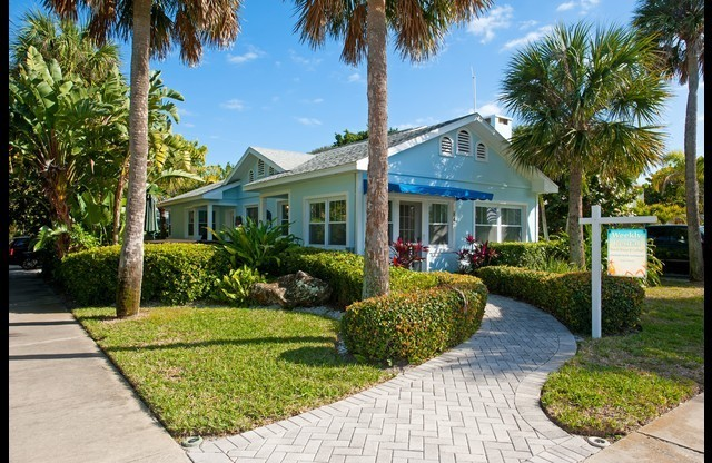 Groovy Clearwater Beach Vacation Homes For Rent Clearwater Beach Beutiful Home Inspiration Ommitmahrainfo